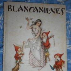 Libros de segunda mano: BLANCANIEVES - ILUSTRA MERCEDES LIMONA - PRIMERA EDICION - JUVENTUD, 1941. Lote 135523914