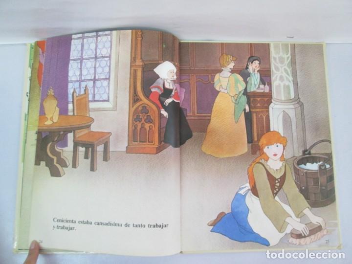 Libros de segunda mano: 8 LIBROS. LOS DERECHOS DEL NIÑO. EDICION ALTEA. 1978. CUENTOS. LA NIÑA SIN NOMBRE, EL NIÑO GIGANTE.. - Foto 13 - 136278302