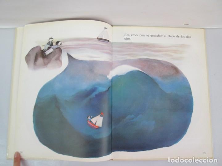 Libros de segunda mano: 8 LIBROS. LOS DERECHOS DEL NIÑO. EDICION ALTEA. 1978. CUENTOS. LA NIÑA SIN NOMBRE, EL NIÑO GIGANTE.. - Foto 31 - 136278302