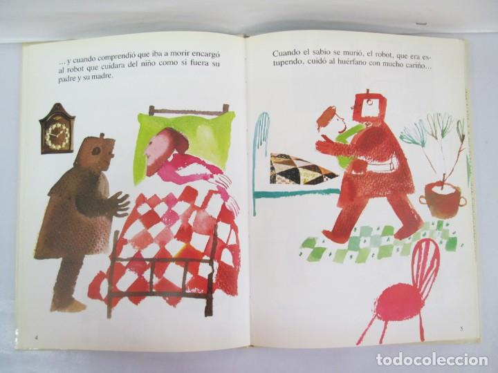 Libros de segunda mano: 8 LIBROS. LOS DERECHOS DEL NIÑO. EDICION ALTEA. 1978. CUENTOS. LA NIÑA SIN NOMBRE, EL NIÑO GIGANTE.. - Foto 37 - 136278302