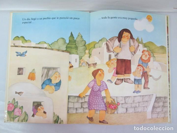 Libros de segunda mano: 8 LIBROS. LOS DERECHOS DEL NIÑO. EDICION ALTEA. 1978. CUENTOS. LA NIÑA SIN NOMBRE, EL NIÑO GIGANTE.. - Foto 69 - 136278302