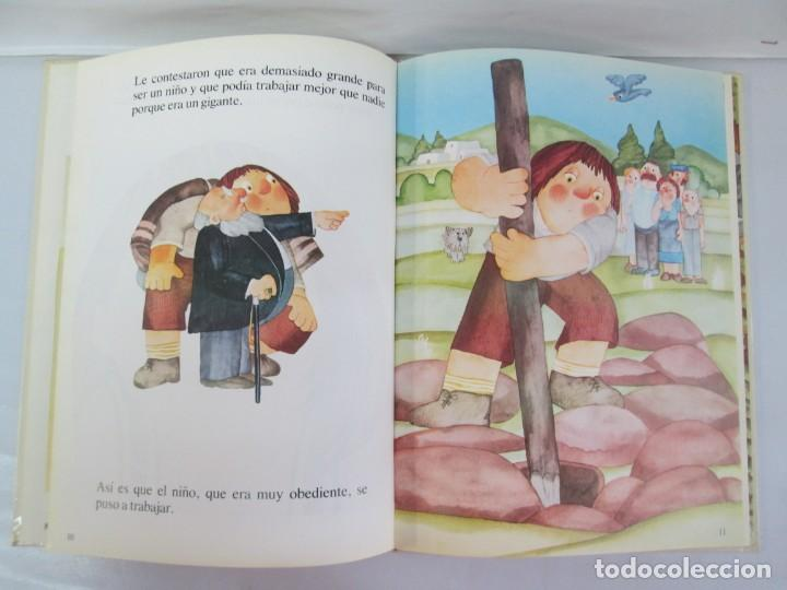 Libros de segunda mano: 8 LIBROS. LOS DERECHOS DEL NIÑO. EDICION ALTEA. 1978. CUENTOS. LA NIÑA SIN NOMBRE, EL NIÑO GIGANTE.. - Foto 70 - 136278302