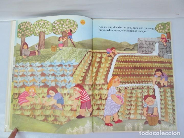 Libros de segunda mano: 8 LIBROS. LOS DERECHOS DEL NIÑO. EDICION ALTEA. 1978. CUENTOS. LA NIÑA SIN NOMBRE, EL NIÑO GIGANTE.. - Foto 73 - 136278302