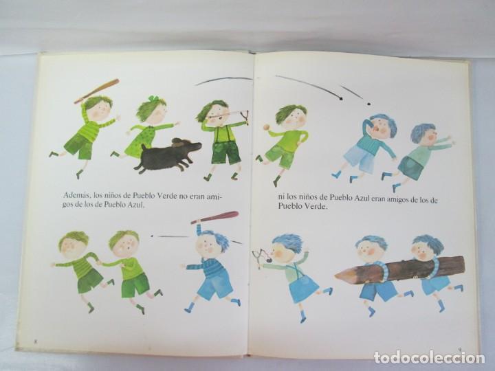 Libros de segunda mano: 8 LIBROS. LOS DERECHOS DEL NIÑO. EDICION ALTEA. 1978. CUENTOS. LA NIÑA SIN NOMBRE, EL NIÑO GIGANTE.. - Foto 80 - 136278302
