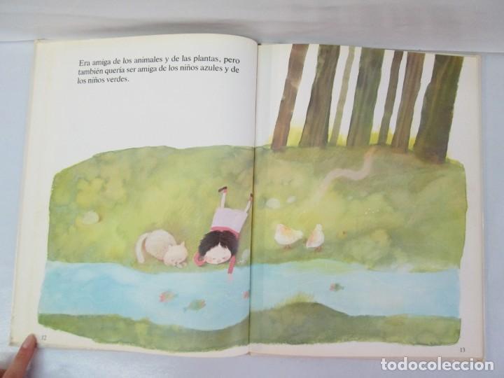 Libros de segunda mano: 8 LIBROS. LOS DERECHOS DEL NIÑO. EDICION ALTEA. 1978. CUENTOS. LA NIÑA SIN NOMBRE, EL NIÑO GIGANTE.. - Foto 81 - 136278302