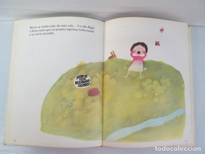 Libros de segunda mano: 8 LIBROS. LOS DERECHOS DEL NIÑO. EDICION ALTEA. 1978. CUENTOS. LA NIÑA SIN NOMBRE, EL NIÑO GIGANTE.. - Foto 82 - 136278302