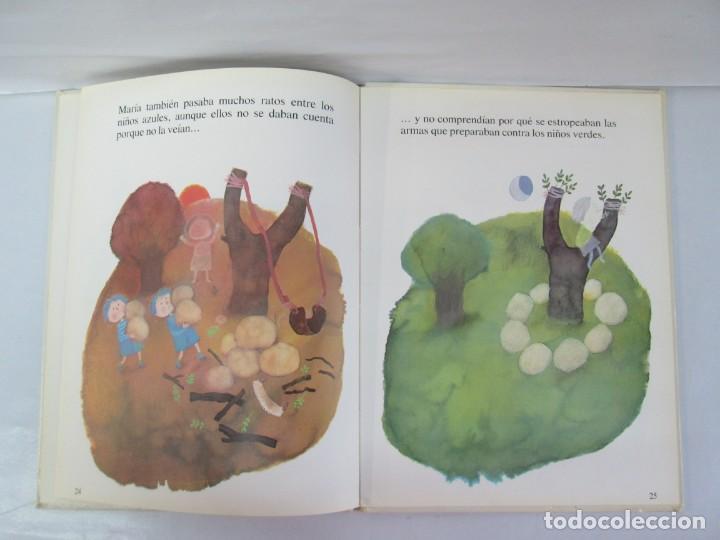 Libros de segunda mano: 8 LIBROS. LOS DERECHOS DEL NIÑO. EDICION ALTEA. 1978. CUENTOS. LA NIÑA SIN NOMBRE, EL NIÑO GIGANTE.. - Foto 83 - 136278302