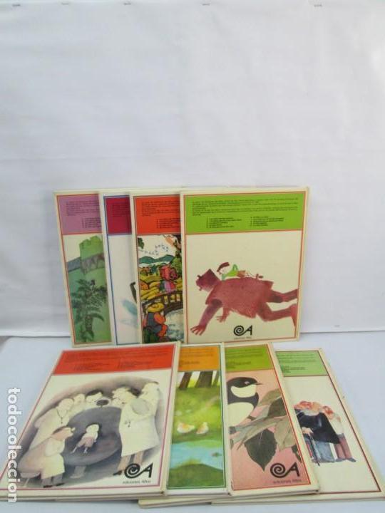 Libros de segunda mano: 8 LIBROS. LOS DERECHOS DEL NIÑO. EDICION ALTEA. 1978. CUENTOS. LA NIÑA SIN NOMBRE, EL NIÑO GIGANTE.. - Foto 86 - 136278302