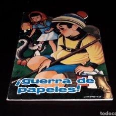 Libros de segunda mano: *¡GUERRA DE PAPELES!* CUENTO TROQUELADO, ED TORAY, BARCELONA, AÑO 1967.. Lote 141653518
