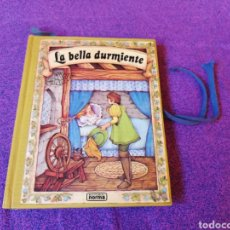 Libros de segunda mano: LA BELLA DURMIENTE.COLECCION PANORAMA.CUENTO POP UP. Lote 141871645