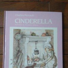 Libros de segunda mano: CINDERELLA - FANTÁSTICO CUENTO EN INGLÉS - NUEVO! - 1985. Lote 142386730