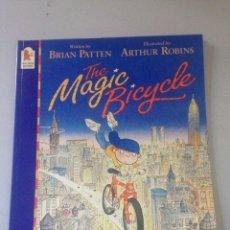 Libros de segunda mano: THE MAGIC BICYCLE. Lote 146078093