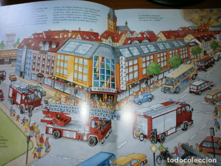 Libros de segunda mano: NUESTROS AMIGOS, LOS BOMBEROS - DIETER BÜSCH - ELFOS EDICIONES, S.L., 1999. - Foto 4 - 147580606