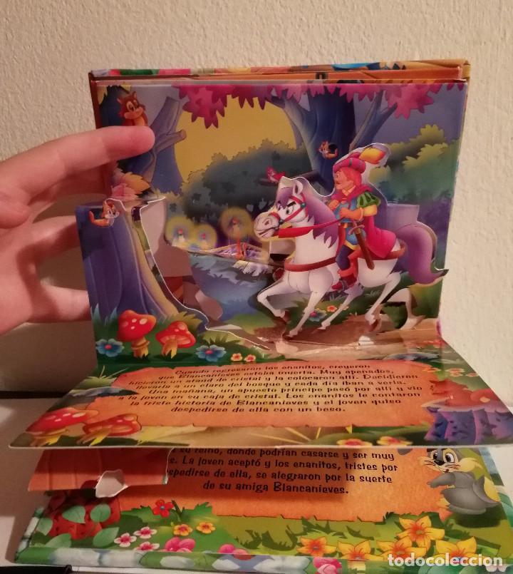 Libros de segunda mano: LIBRO TROQUELADO - BLANCANIEVES POP UP - WALT DISNEY -TODO LIBRO - Foto 2 - 147791498