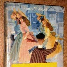 Libros de segunda mano: MUJERCITAS POR LUISA MAY ALCOTT DE ED. MOLINO EN BARCELONA 1958. Lote 149813530