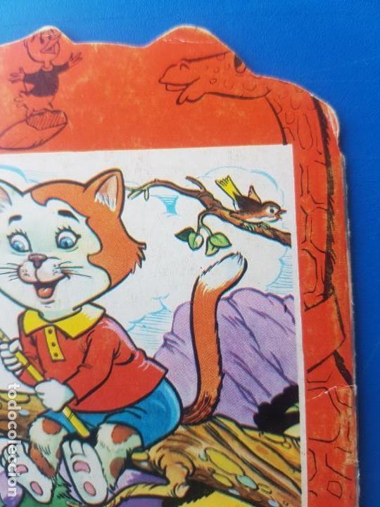 Libros de segunda mano: EL CANGURO TRAMPOSO N° 25 - ANIMALITOS TROQUELADOS - CUENTOS TORAY - 1978 - Foto 9 - 150994078