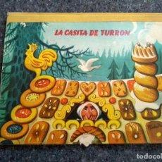 Libros de segunda mano: LA CASITA DE TURRÓN - POP-UP DESPLEGABLE D1. Lote 152596110