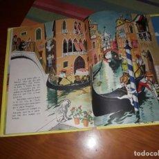 Libros de segunda mano: CAROLINE EN EUROPE LIBRO FRANCES DE GRANDS ALBUMS HACHETTE PARIS 1960. Lote 158137854