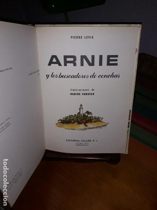 Libros de segunda mano: Arnie y los buscadores de conchas Ilustraciones de Nadine Forster 1970*** - Foto 2 - 160013586