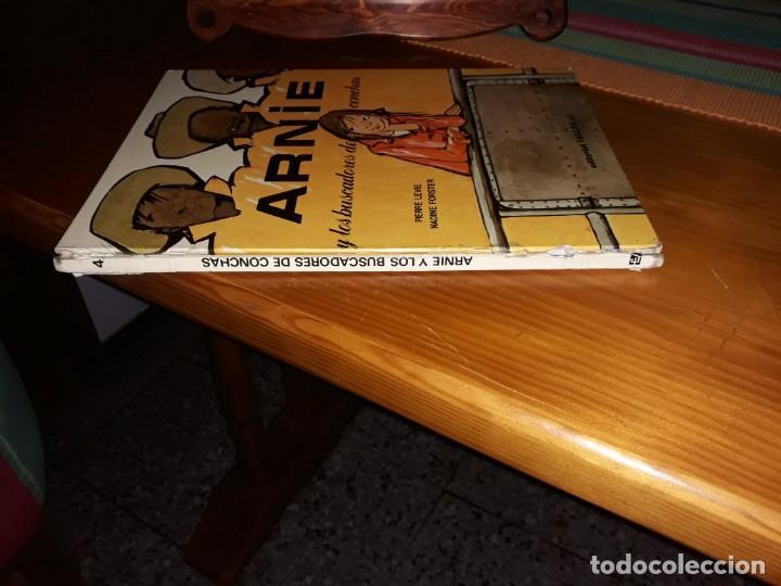 Libros de segunda mano: Arnie y los buscadores de conchas Ilustraciones de Nadine Forster 1970*** - Foto 5 - 160013586