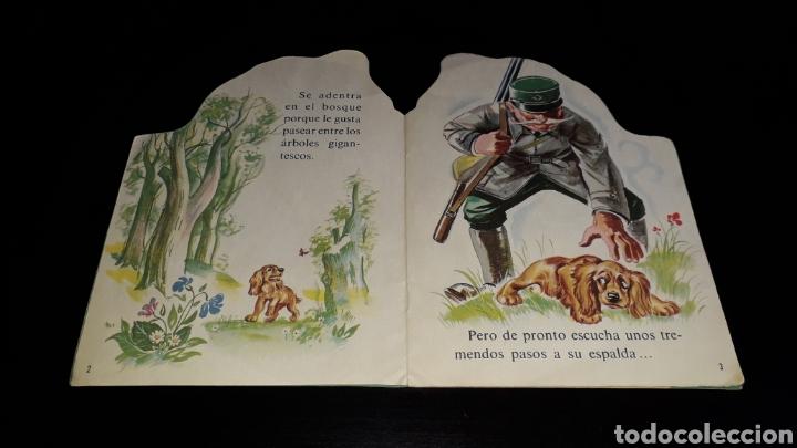 Libros de segunda mano: *Perrito Yupi y Carolina* Cuento troquelado, Pierre Probst, Argos, Barcelona, año 1969. - Foto 3 - 160567030