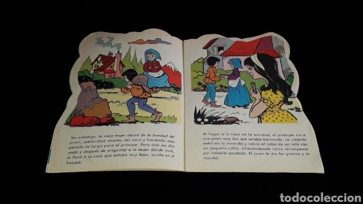 Libros de segunda mano: *La Vieja de los Gansos* Cuento troquelado, Ed. Producciones Editoriales, Barcelona, año 1979. - Foto 3 - 160570618