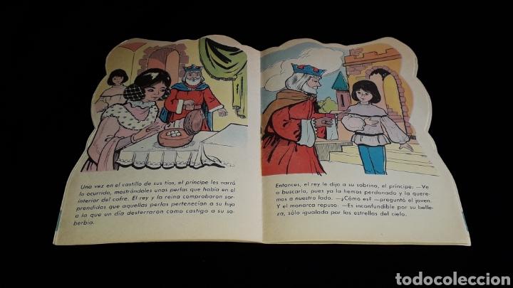 Libros de segunda mano: *La Vieja de los Gansos* Cuento troquelado, Ed. Producciones Editoriales, Barcelona, año 1979. - Foto 4 - 160570618