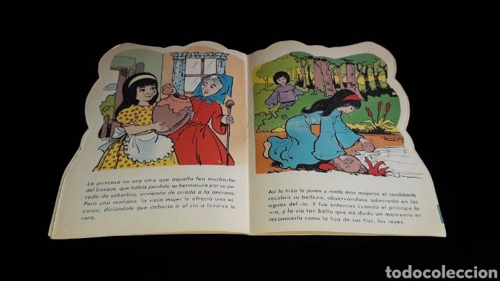 Libros de segunda mano: *La Vieja de los Gansos* Cuento troquelado, Ed. Producciones Editoriales, Barcelona, año 1979. - Foto 5 - 160570618