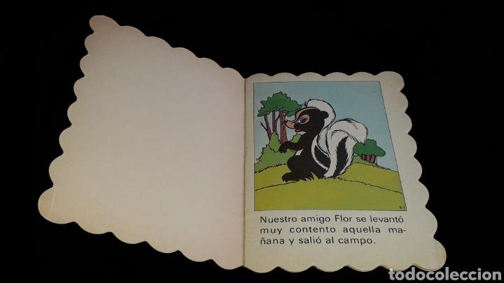 Libros de segunda mano: *Flor, Walt Disney* Cuento troquelado, Ed. Bruguera, Barcelona, año 1973. - Foto 2 - 160571054