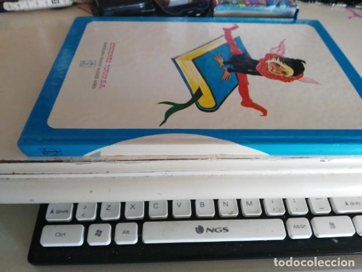 Libros de segunda mano: CUENTOS AZULES - TOMO 6 ** ILUSTRACIONES DE MARIA PASCUAL / EN TAPA DURA / TORAY 1980 - Foto 2 - 172938589