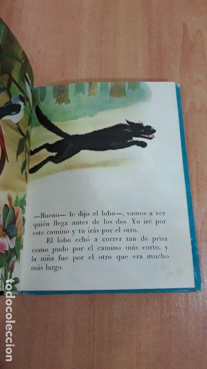 Libros de segunda mano: CAPERUCITA ROJA. CHARLES PERRAULT. EDIT CERVANTES. 1962. W - Foto 2 - 206797443