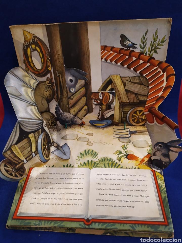 Libros de segunda mano: LOS FUGITIVOS Y LOS LADRONES. CUENTO TROQUELADO, POP UP, DIORAMA. 1966 - Foto 2 - 177195117