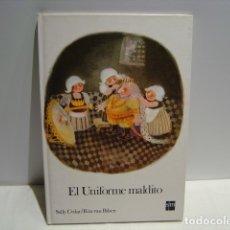 Libros de segunda mano: EL UNIFORME MALDITO - SALLY CEDAR- RITA VAN BILSEN - CUENTOS DE LA TORRE Y LA ESTRELLA SM 1987. Lote 181211723