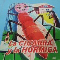 Libros de segunda mano: LA CIGARRA Y LA HORMIGA. CUENTO TROQUELADO. Lote 182677917