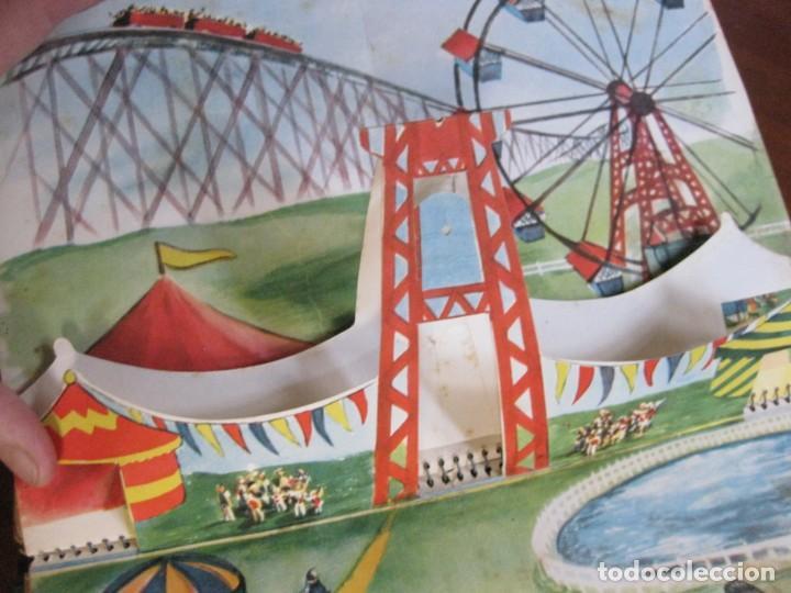 Libros de segunda mano: precioso cuento animado pop up diorama desplegable . dia de fiesta ed cervantes - Foto 10 - 183390456