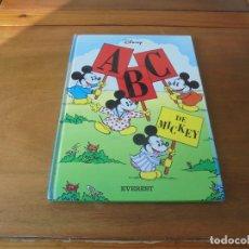 Libros de segunda mano: ABC DE MICKEY (W. DISNEY) GRAN FORMATO CON BELLAS ILUSTRACIONES. Lote 187198323