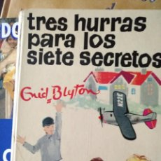 Libros de segunda mano: TRES HURRAS GUID BLYTON SECCION OLORON CAJA H. Lote 194297238