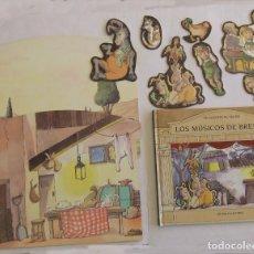 Libros de segunda mano: CAJA LOS MUSICOS DE BREMEN SERIE SE LEVANTA EL TELON CIRCULO DE LECTORES HANS CHRISTIAN ANDERSEN . Lote 194714780