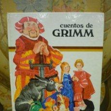 Libros de segunda mano: CUENTOS DE GRIMM. COLECCIÓN TUS AMIGOS, EDITORIAL SUSAETA 1.975. ILUSTRADO POR BENVENUTI.. Lote 194896013