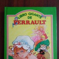 Libros de segunda mano: LIBRO GIGANTE DE PERRAULT ( SUSAETA ). Lote 195148832
