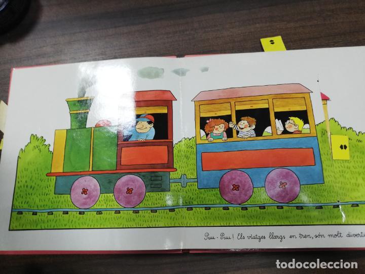 Libros de segunda mano: ELS TRANSPORTS. TINA I TONI. EDICIONS BEASCOA, 1989. CUENTO TROQUELADO. VER FOTOS. - Foto 4 - 195367920