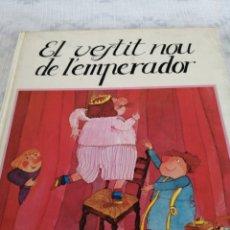Livros em segunda mão: EL VESTIR NOU DE L'EMPERADOR. Lote 197988962