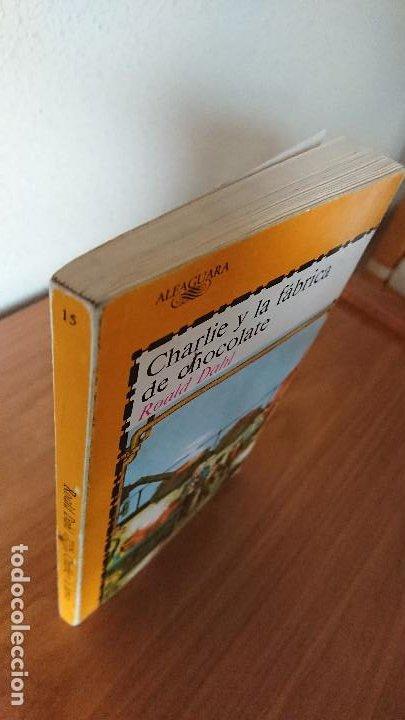 Libros de segunda mano: Una colgada al cuello y otros cuentos ;Charlie y la fábrica de chocolate; El misterio del colegio em - Foto 7 - 204542190