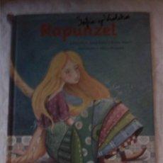 Libros de segunda mano: RAPUNZEL. ANNA GASOL. TERESA BLANCH. EGEDSA. 2011.. Lote 206297248