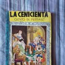 Libros de segunda mano: LA CENICIENTA CUENTO DE PERRAULT DIBUJOS FREIXAS ED. MOLINO 1940. Lote 206949728