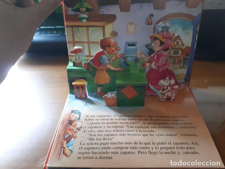 Libros de segunda mano: 4 CUENTOS POP-UP - COLECCIÓN CUENTOS CLÁSICOS 2 - JOHN PATIENCE- EDICIONES SALDAÑA, S.A., 2002 - COM - Foto 4 - 210641882