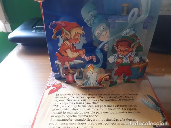 Libros de segunda mano: 4 CUENTOS POP-UP - COLECCIÓN CUENTOS CLÁSICOS 2 - JOHN PATIENCE- EDICIONES SALDAÑA, S.A., 2002 - COM - Foto 6 - 210641882