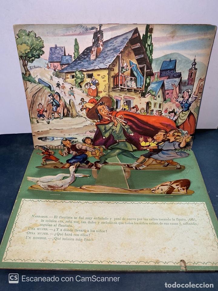 Libros de segunda mano: EL FLAUTISTA DE HAMELIN. ADAPTACION DE J. MORERA VIELLA. 2ª APRTE. BIBLIOTECA DIORAMICA. AÑO 1951. - Foto 3 - 213139943