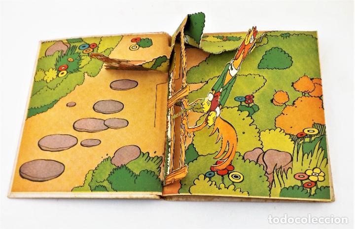 Libros de segunda mano: El Gallito del Lugar (POP UP) TROQUELES TRES DIMENSIONES DENTRO - Foto 5 - 218389075
