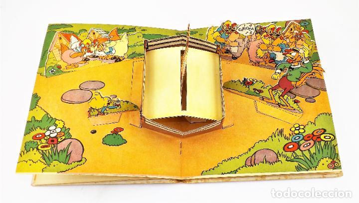 Libros de segunda mano: El Gallito del Lugar (POP UP) TROQUELES TRES DIMENSIONES DENTRO - Foto 6 - 218389075